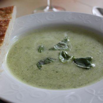 Zucchini cream soup with focaccia