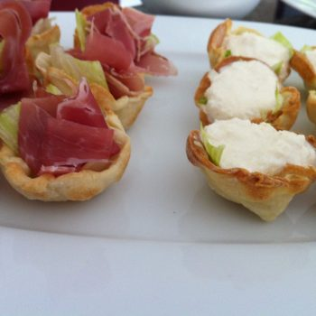 Crab and prosciutto baskets