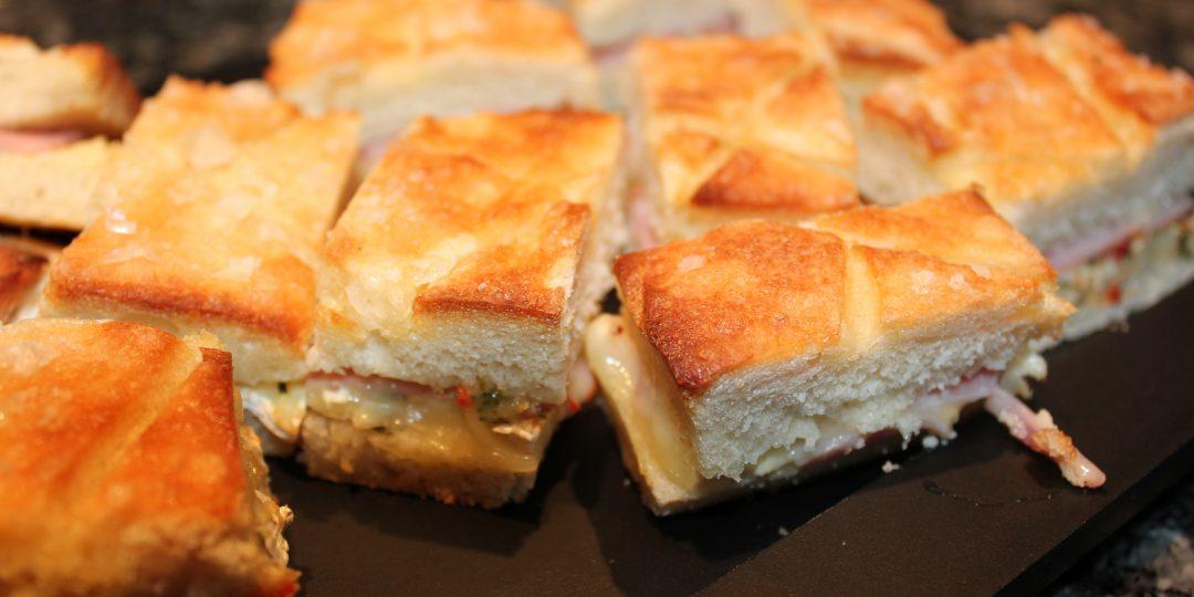 Little focaccia&cheese bites