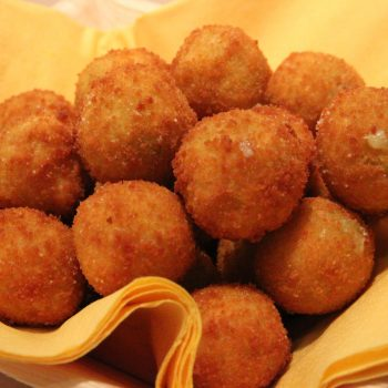 Hot cheddar balls