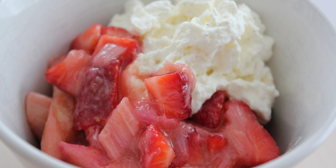 Stewed rhubarb with lemongrass and fresh strawberries