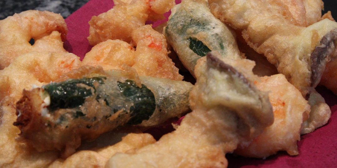 Tempura of shrimps, mushrooms and filled chillies