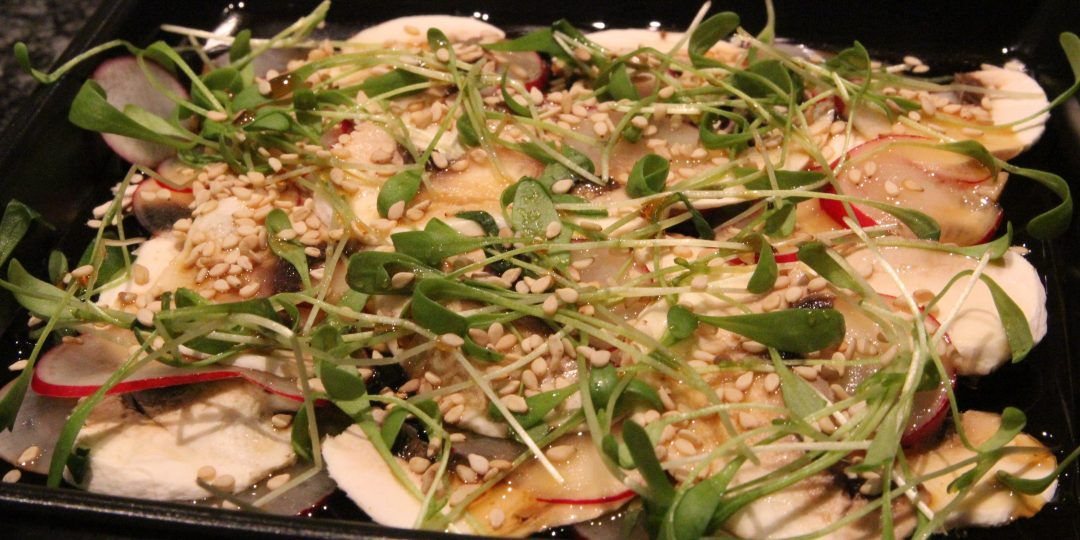Mushroom and radishes salad