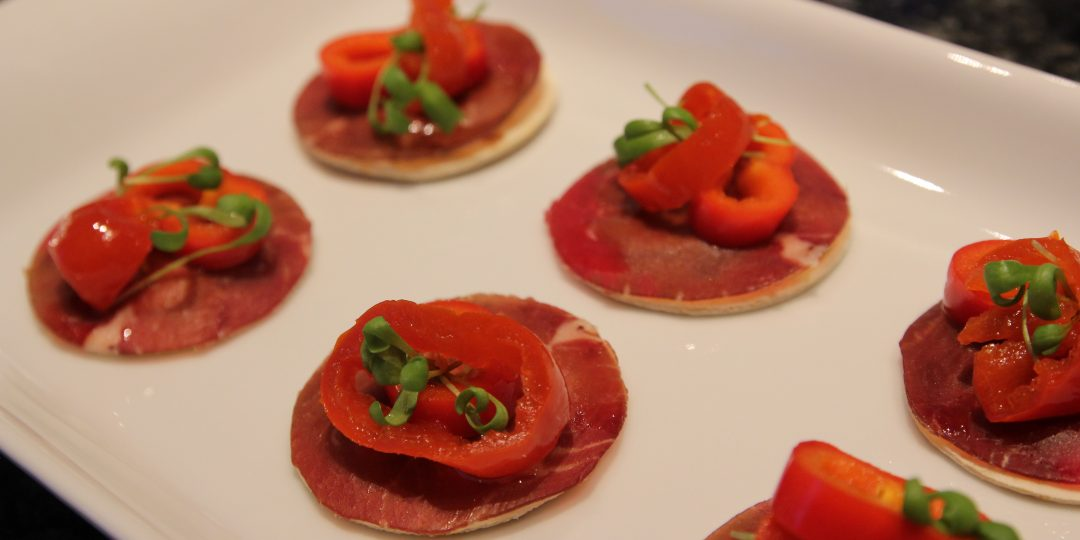 Minitortillas with bresaola, red peppers and cress sprouts