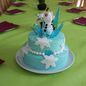 Olaf chocolate and ice cake