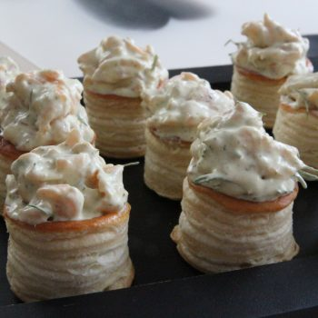 Mini vol-au-vent with smoked salmon and dill mustard