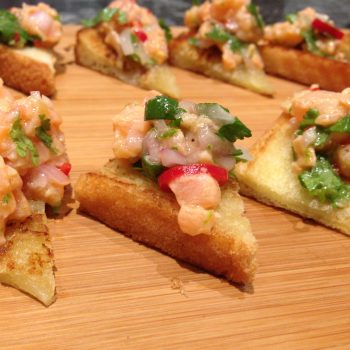 Salmon tartare on toast
