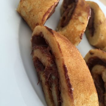 Banana pancakes with nutella