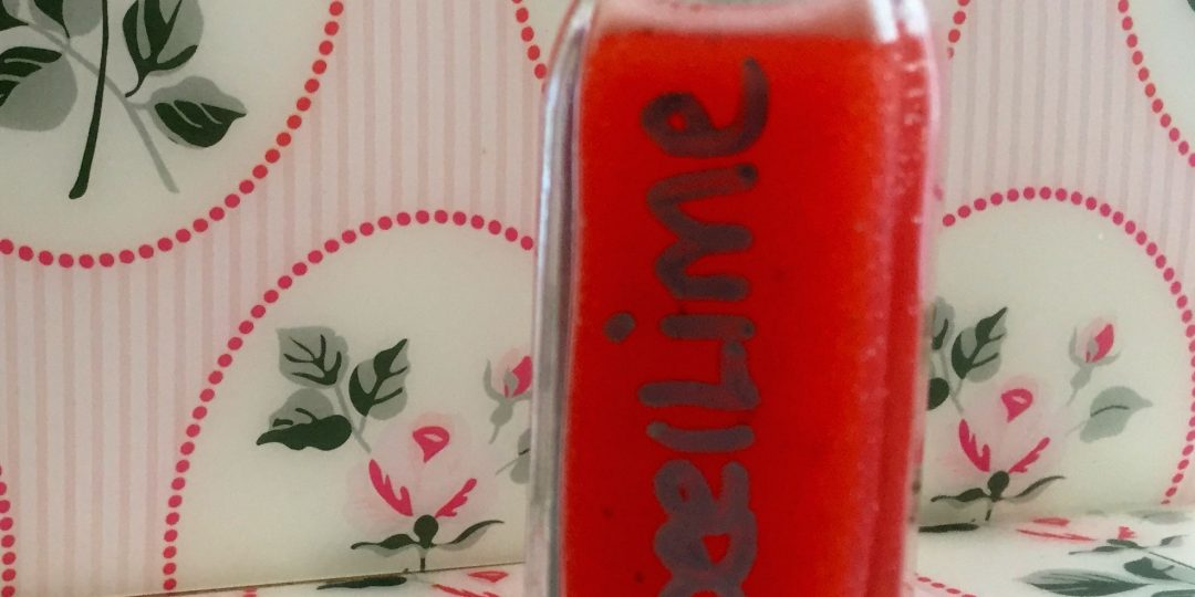 Strawberry and lime liqueur